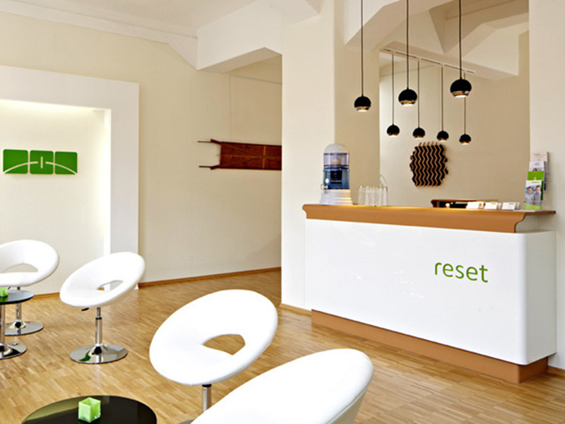Rezeption der reset Physiotherapie in Stuttgart - Kosten